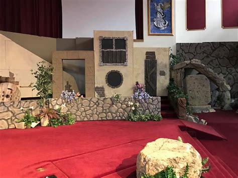 Scenery props for an annual Easter play | Universal Foam