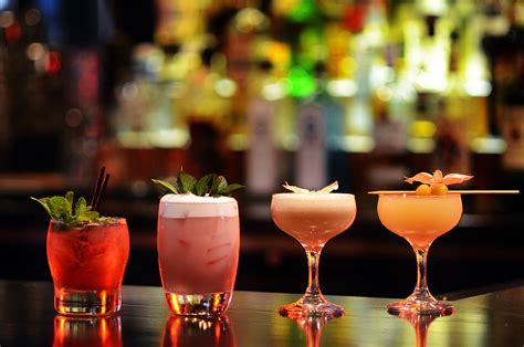 How Hotels Are Shaking Up the Craft Cocktail Scene | En