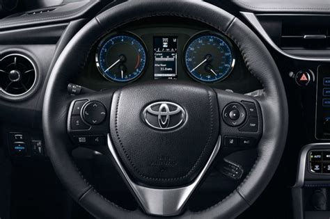 Steering wheel and driver info display of the 2018 Toyota