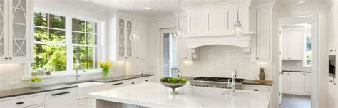 8 Ways to Create a Warm and Welcoming White Kitchen
